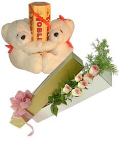 2 Teddies holding 2 Toblerone chocolates + 6 Pink roses Bunch