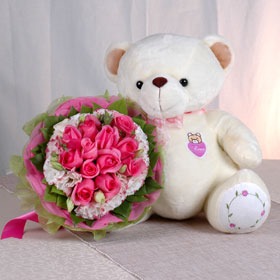 8 Pink roses bouquet with 6 inches Teddy bear