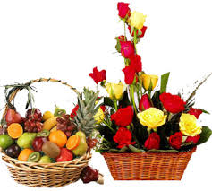 2 Kg fresh fruits + 12 Red Yellow roses basket