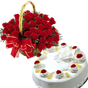 18 Red roses basket with 1/2 Kg Pineapple cake