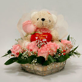 6 pink roses Teddy 6 inches in same basket
